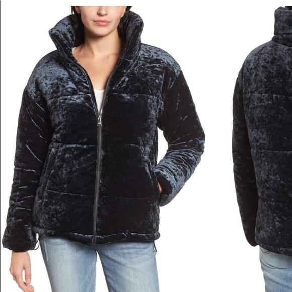 018d07e2bbaa7 NWT! Bernardo Velvet coat size large